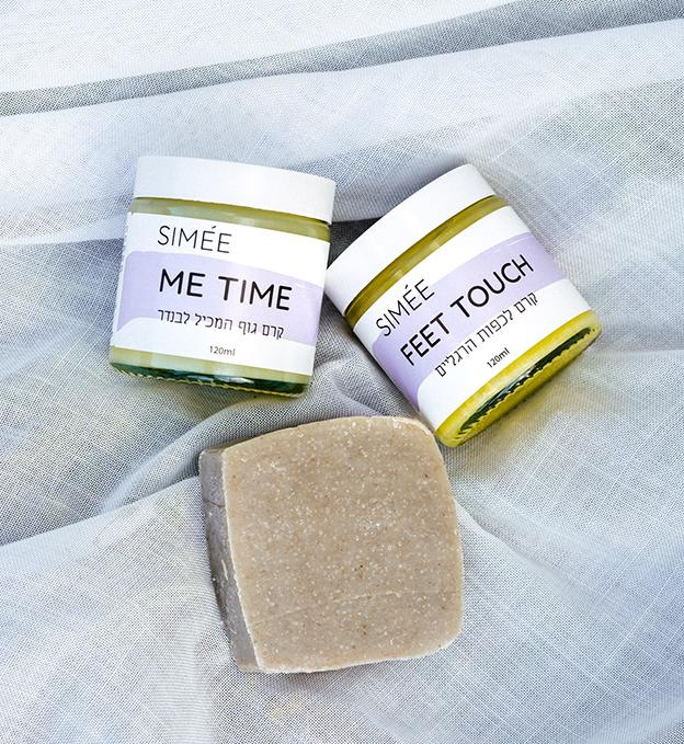 קני עכשיו סבון לבנדר רב תכליתי לניקוי הידיים והגוף ולא תביני איך הסתדרת בלעדיו עד היום. הסבון מבוסס על מוצרים טבעיים בלבד בנוסחה ייחודית, באישור משרד הבריאות.